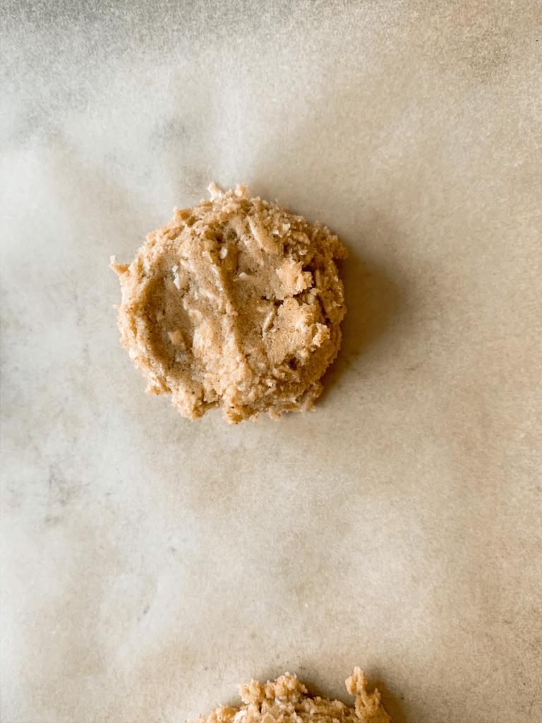 Vanilla Iced Oatmeal Cookies