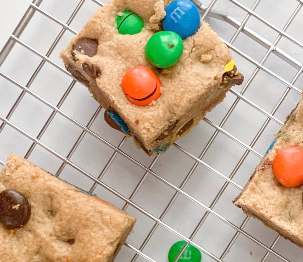 An up close look at the Peanut Butter Chocolate Chip M&M Cookie Bars.
