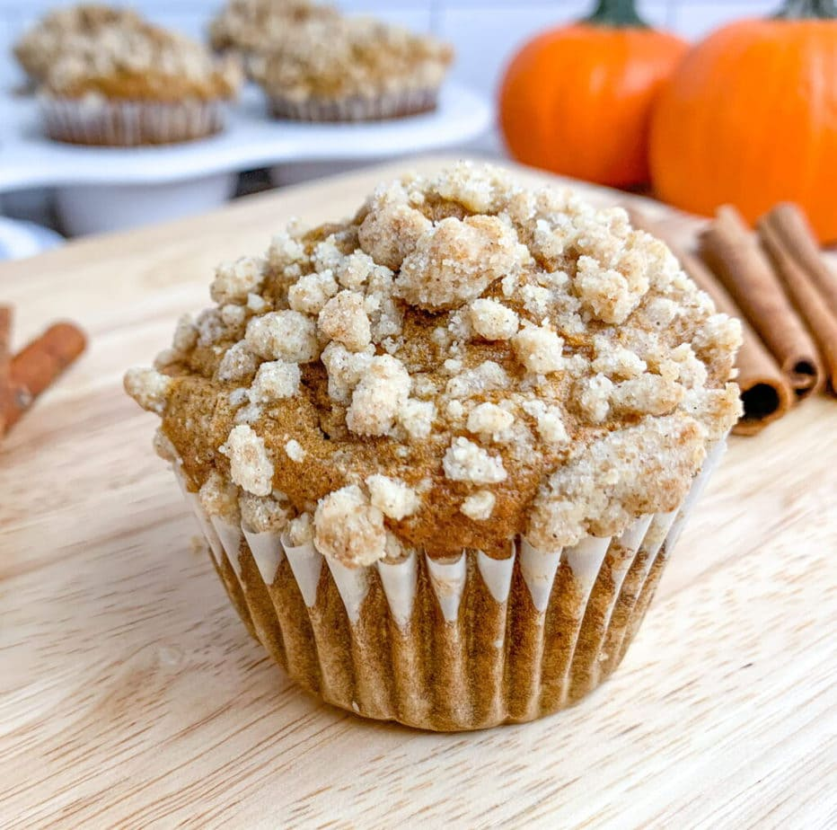 Easy homemade pumpkin muffins with a sweet and crunchy streusel crumb topping.