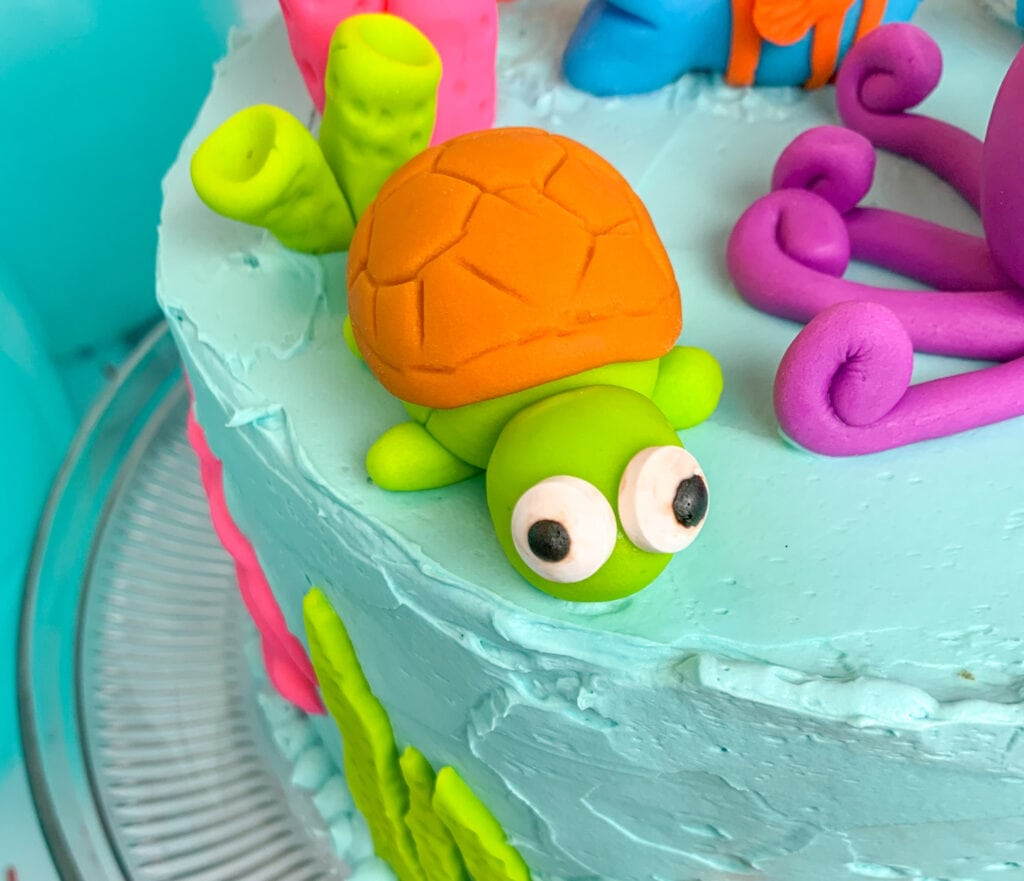 Under The Sea Cake: How to Make the sea turtle
