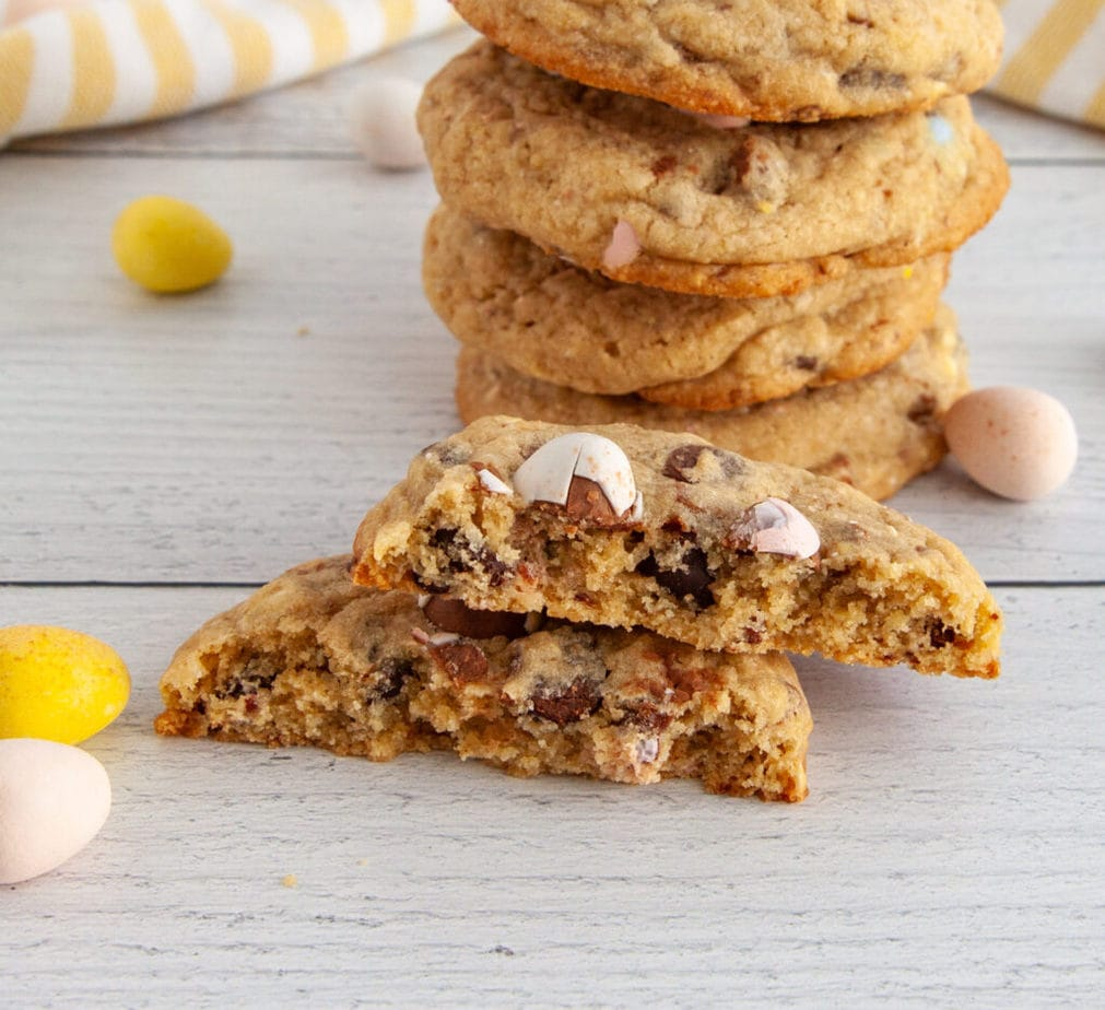 Chewy and chunky mini egg cookies for Easter