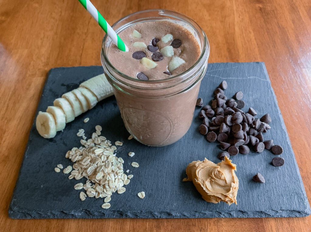 Chocolate Smoothie With Peanut Butter