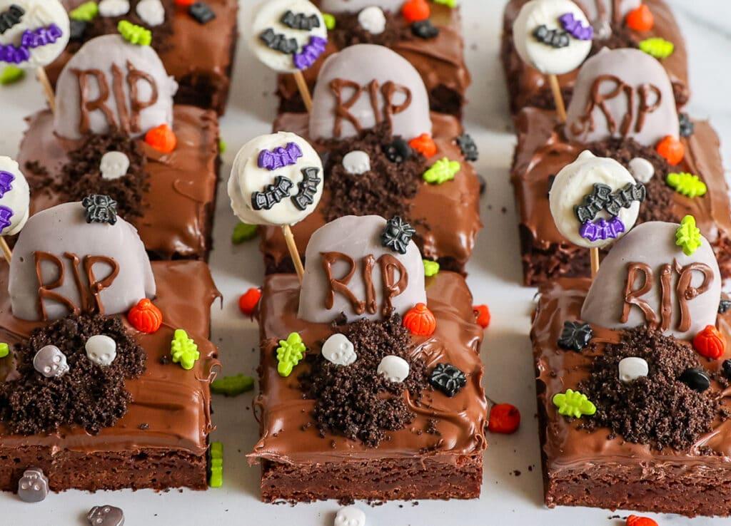 A fun dessert for the kids: Graveyard Brownies
