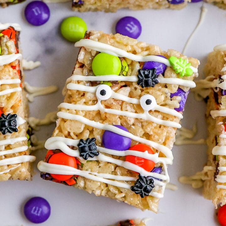 How to Make Halloween Rice Krispie Treats