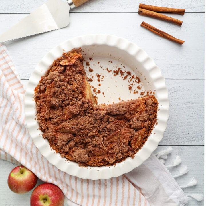 Dutch apple pie with graham cracker crust